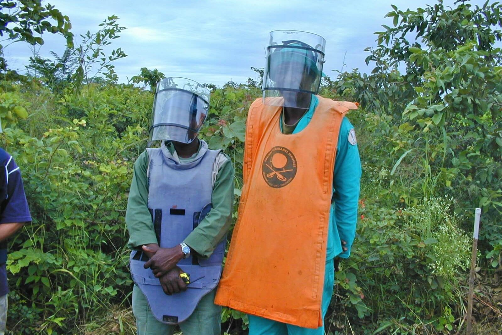 Mozambique: Two deminers